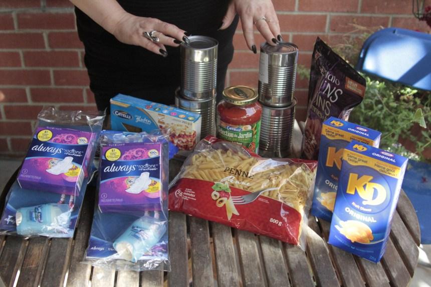 Don de nourriture et d'articles scolaires pour contrer le gaspillage
