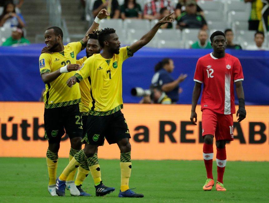 Le Canada est battu 2-1 en quarts de finale