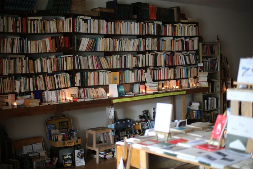 16 000 livres à déménager à la Flèche rouge