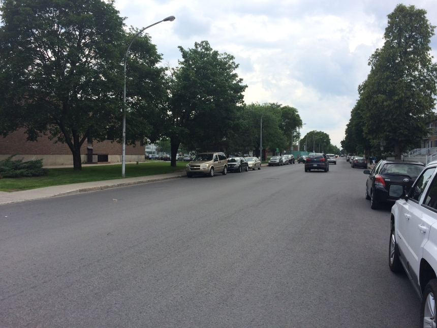 Du retard dans le marquage de l'asphalte à Saint-Léonard