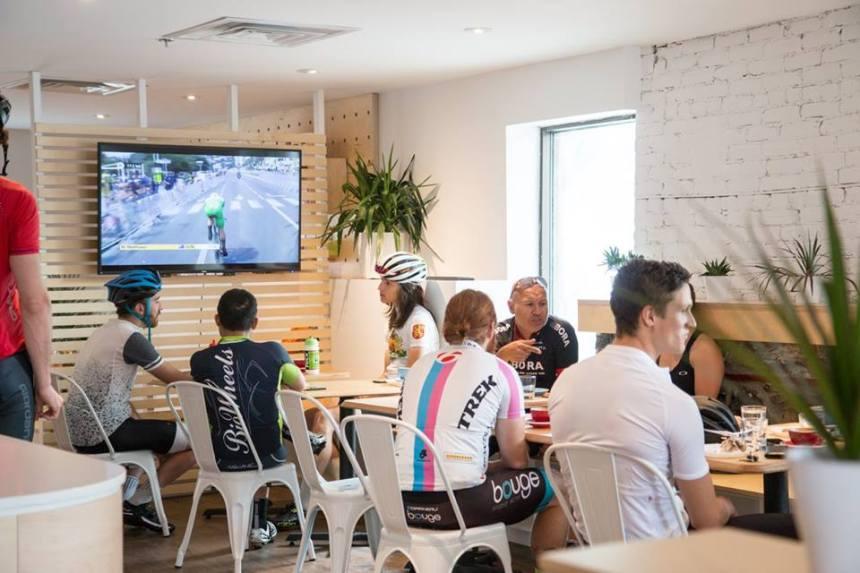 Le Club Espresso bar, un café/atelier de vélo dans le Plateau