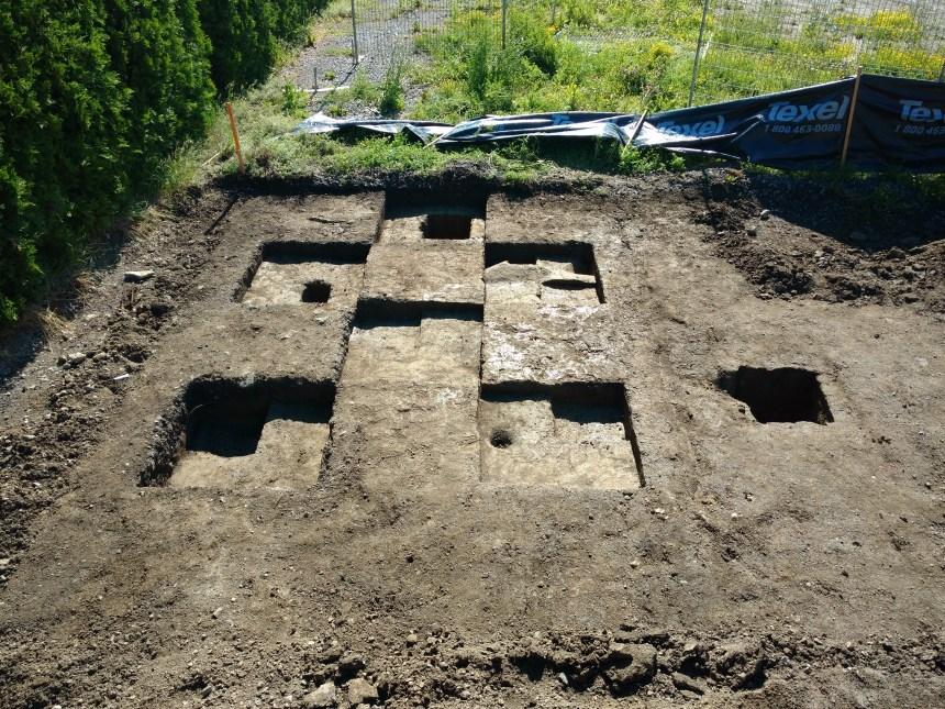 Aménagement de la plage de l'Est: des vestiges préhistoriques sont découverts