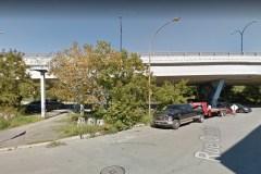 Une aire de planches à roulettes sous le viaduc Van Horne