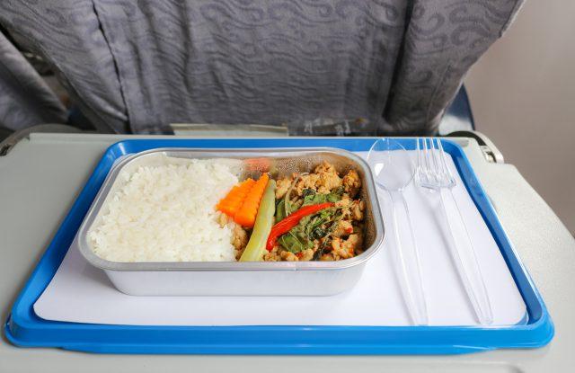 Une compagnie aérienne arrête de servir des repas avec de la viande