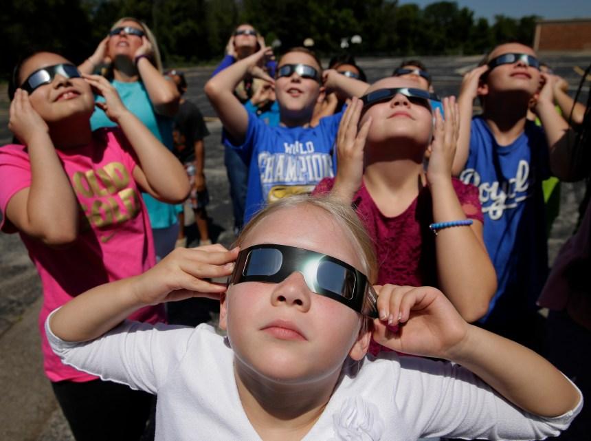 L'éclipse solaire en cinq points
