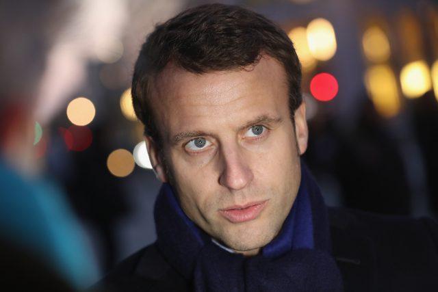 Emmanuel Macron dépense d'énormes sommes en maquillage