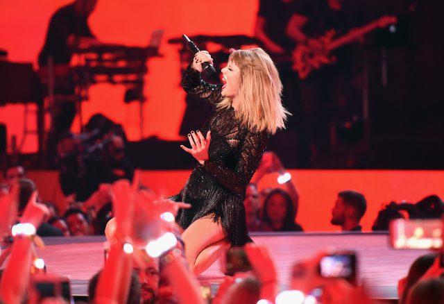 Taylor Swift dévoile son nouveau titre «Look What You Made Me Do»