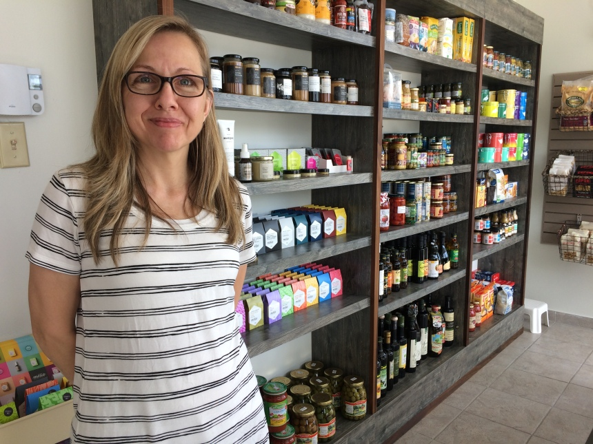 Une épicerie bio dans le Bout-de-l'île: le pari d'une entrepreneure
