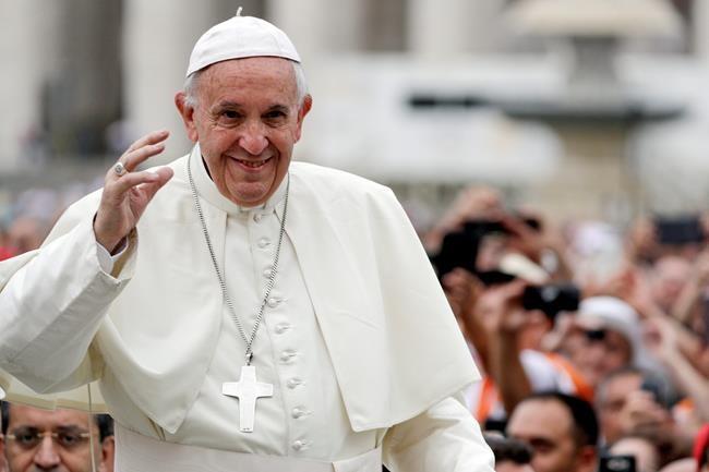 Le pape compare le périple vers Bethléem aux migrations