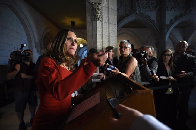 Négos sur l'ALÉNA: Freeland met la table à Ottawa