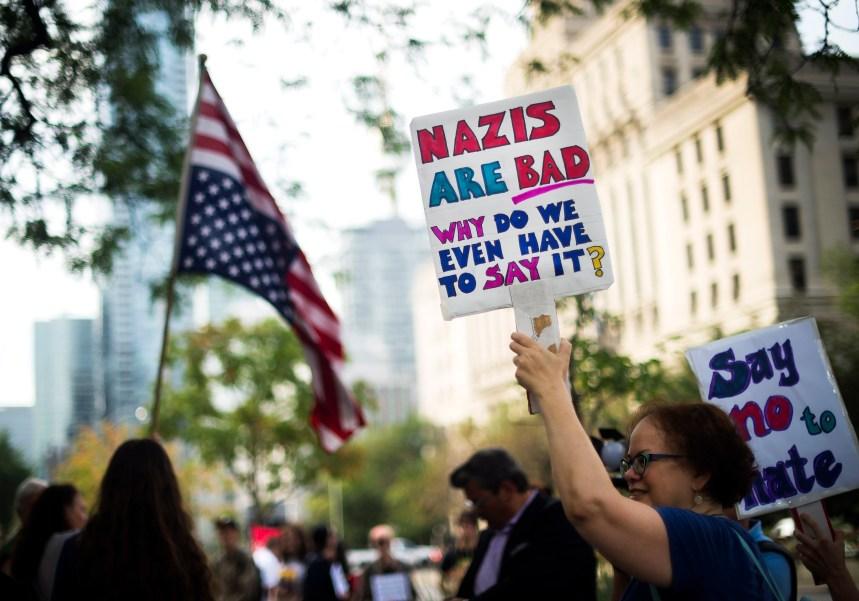 Rassemblement pour dénoncer les violences de Charlottesville