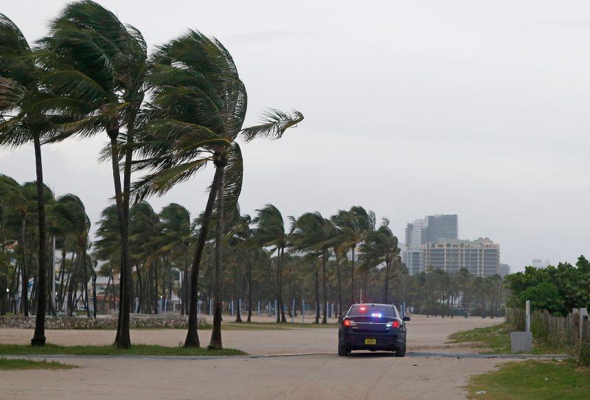 Irma poursuit sa progression vers la Floride