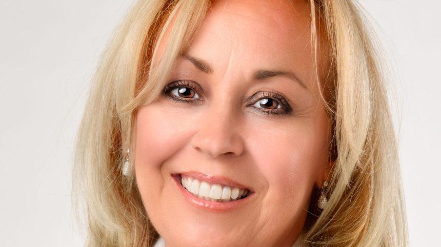 «Propos racistes»: la démission de la conseillère Lynne Shand réclamée