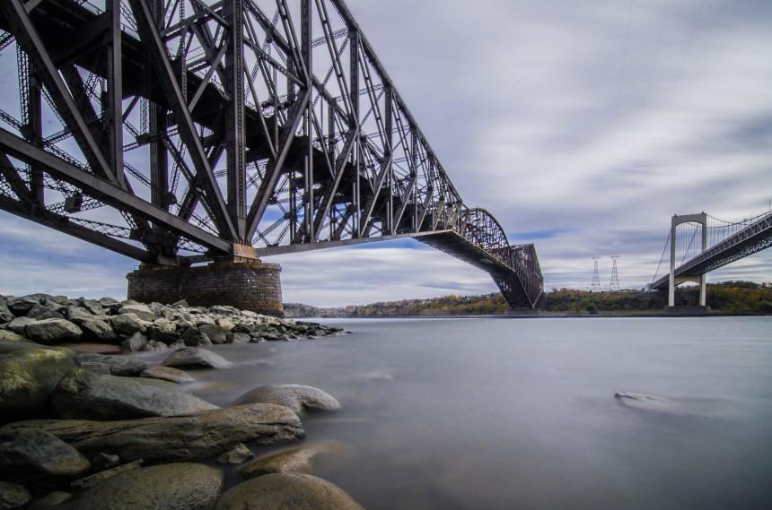 Ottawa prêt à imposer une loi pour restaurer le pont de Québec