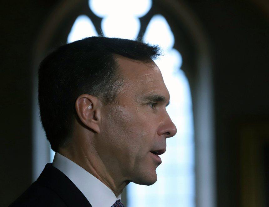 Morneau menace de poursuivre des conservateurs