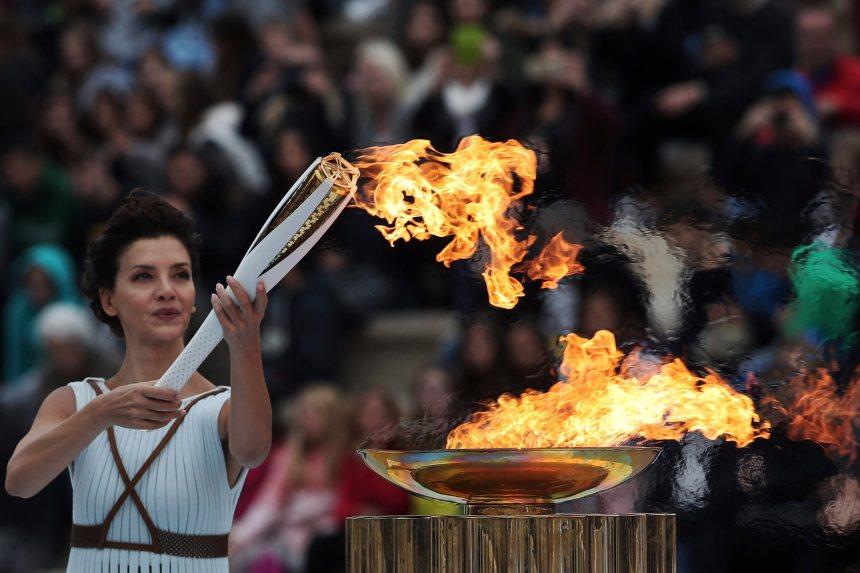 Les organisateurs des Jeux de Pyeongchang reçoivent la flamme