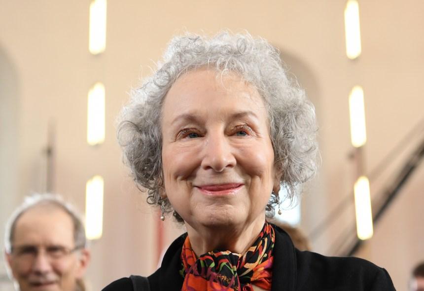 L'écrivaine canadienne Margaret Atwood récompensée pour l'ensemble de sa carrière