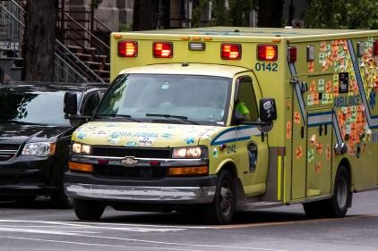 Montréal: homme gravement blessé lorsque poignardé, un suspect a été arrêté