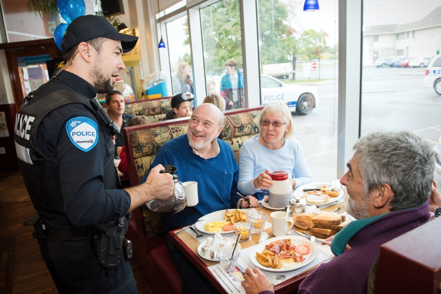 Police serve coffee for good cause