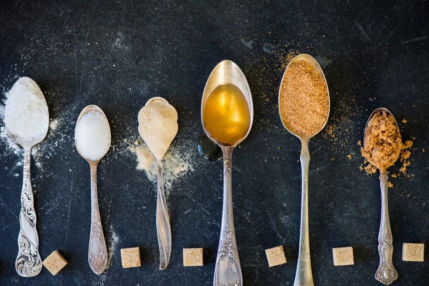 Non, les sucres naturels ne sont pas «meilleurs» que les sucres raffinés