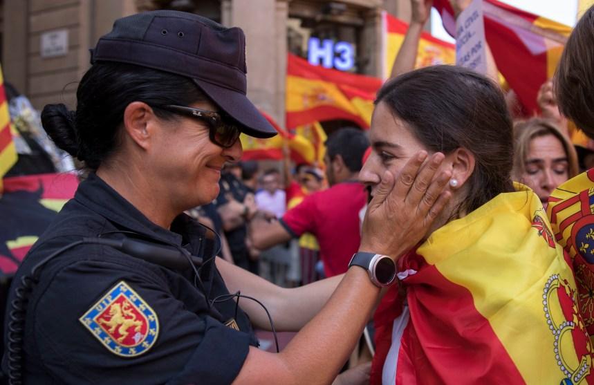 Catalogne: Rajoy promet d'empêcher la séparation