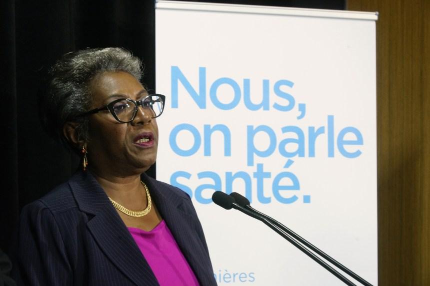Sondage sur la santé: guerre de mots entre la FIQ et le ministre Barrette