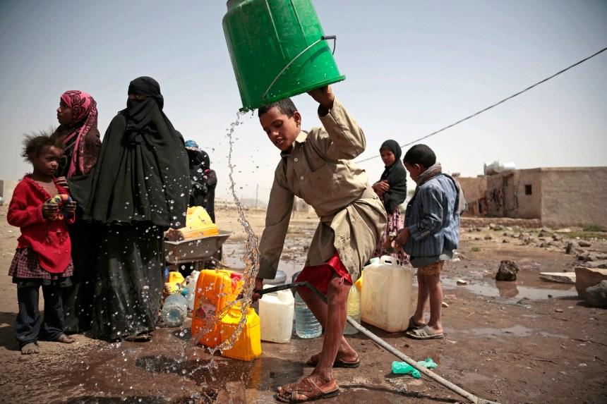 De l'aide humanitaire détruite par un feu au Yémen