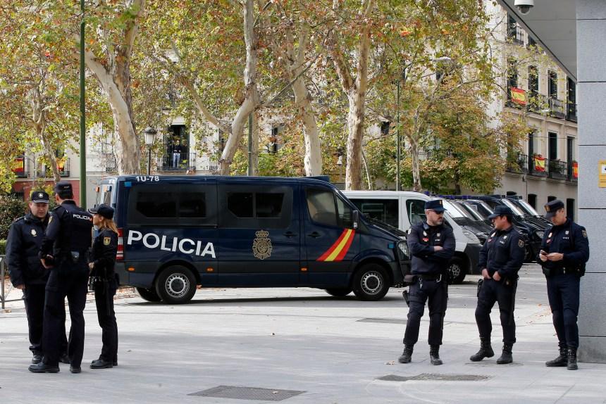 Un mandat international contre Puigdemont?