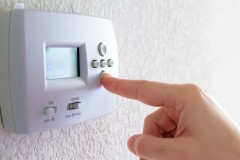 Montréal: Pas d'interdiction du chauffage au mazout pour l'instant