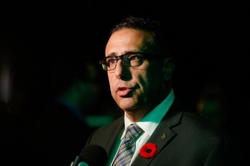 Signes religieux: des politiques «racistes» de la CAQ, dénonce un élu montréalais