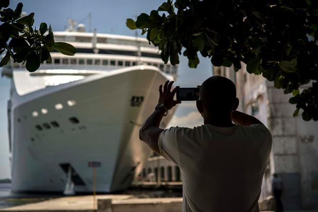 Cuba: les États-Unis imposent des restrictions