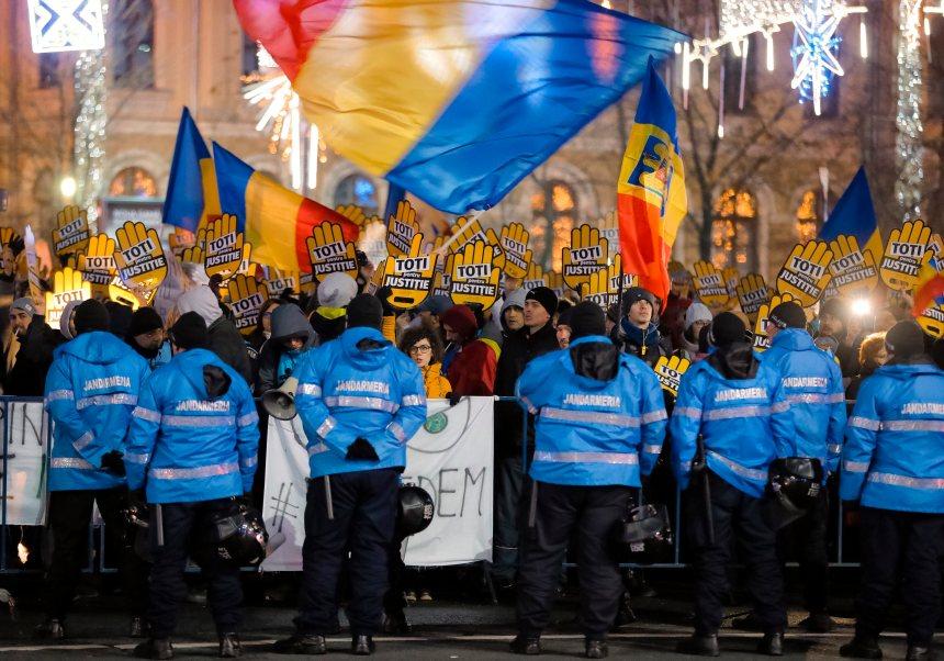 Manifs pour l'indépendance de la justice en Roumanie