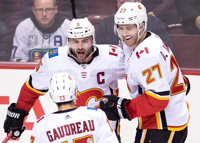 Un gain facile des Flames à Vancouver, 6 à 1