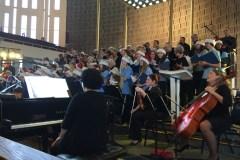 Jeunes et moins jeunes chantent de tout choeur à Anjou