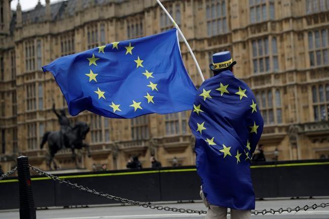 Patronat et syndicats veulent un sursaut face à l'«urgence nationale» du Brexit