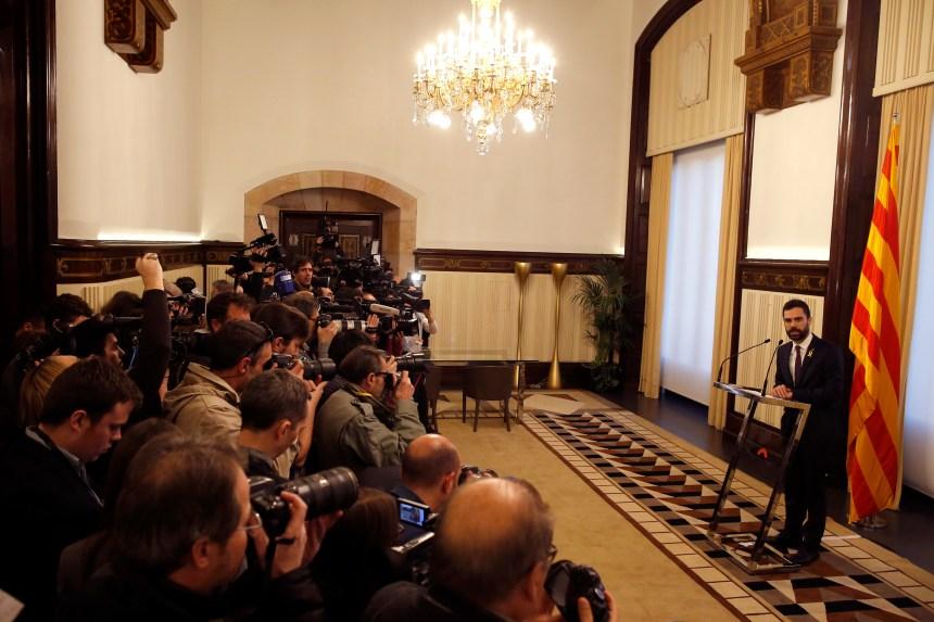 L'investiture de Puigdemont comme président de la Catalogne est reportée