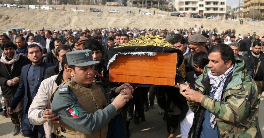 Attentat en Afghanistan: le bilan passe à 103 morts