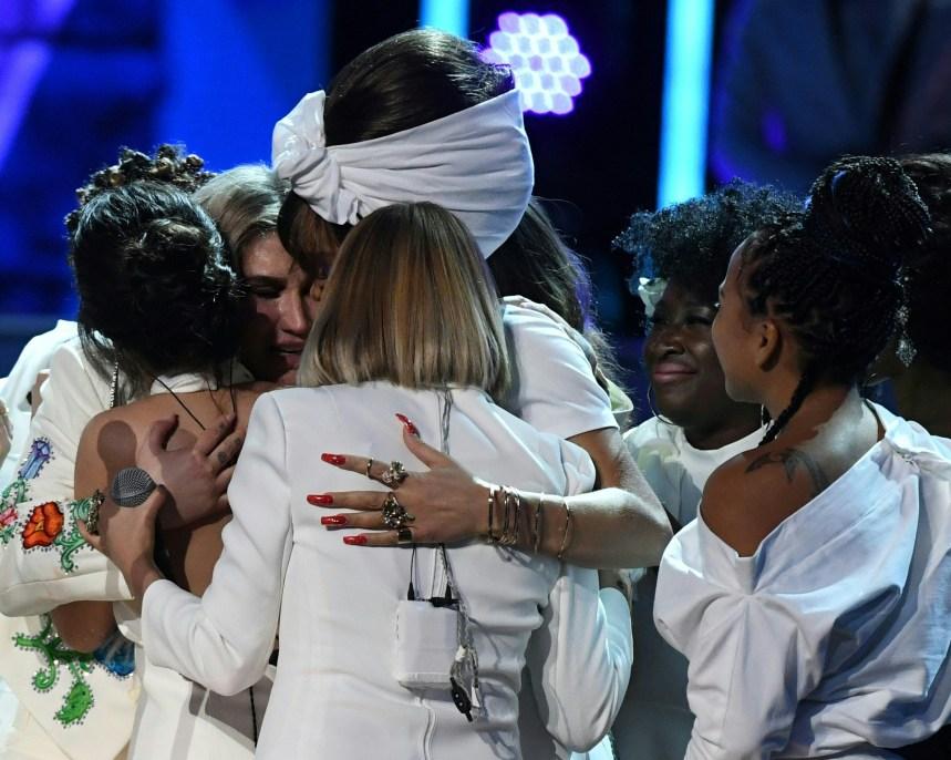 Prix Grammy: Kesha a dominé la twittosphère