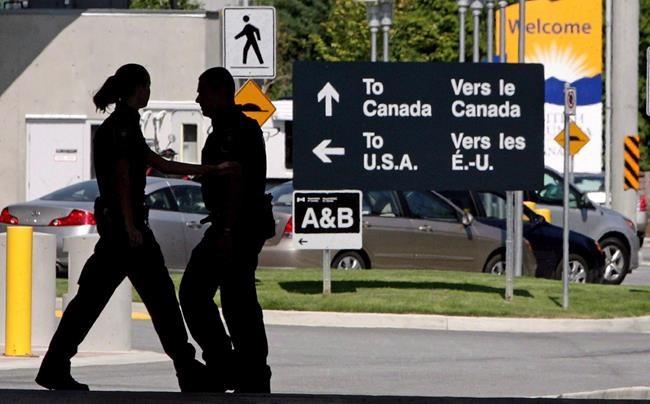 Modifications aux mesures frontalières bientôt annoncées