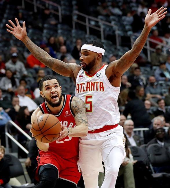 Les Raptors battent les Hawks par 15 points