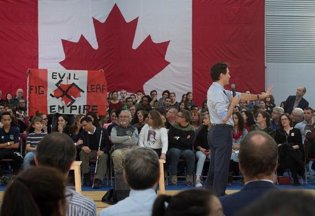 Trudeau répond à de nombreuses questions sur l'immigration