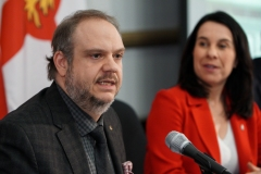 Montréal tire 40 M$ de son surplus pour mieux gérer sa dette