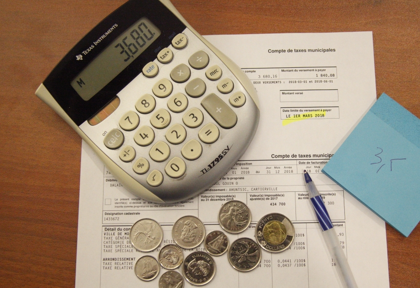 Budget: les contribuables devront davantage piger dans leur poche qu'anticipé