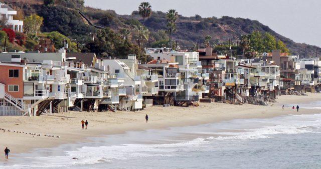 Malibu s'attaque au plastique jetable