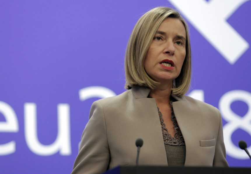 L'Union européenne veut inciter Bachar al-Assad à négocier