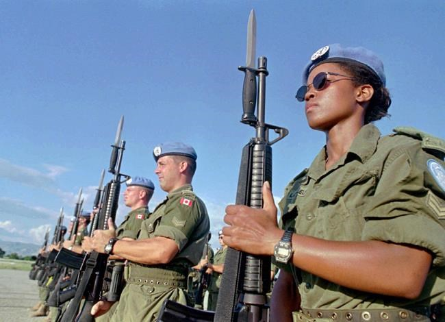 Les casques bleus canadiens arrivent au Mali