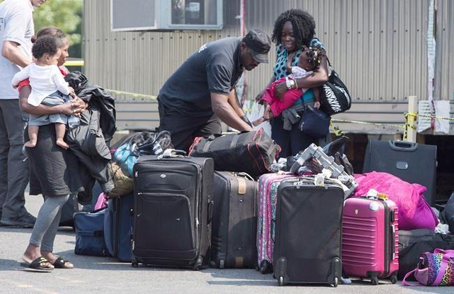 Migrants: le statu quo «intenable», dit un avocat