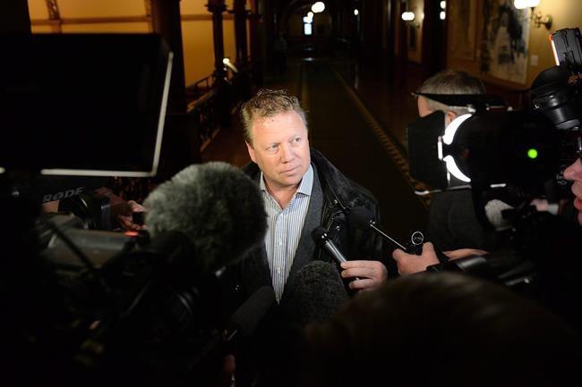 Affaire Dykstra: Ed Fast défend Stephen Harper