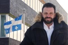 Haroun Bouazziprêt à défendre les couleurs de Québec solidaire dans Crémazie