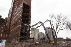 Pas d'école sur l'ancien site de l'Hôpital de Montréal pour enfants